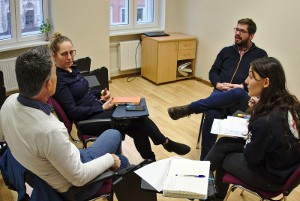 FACET first aid project discusses best practices & international training in Riga
